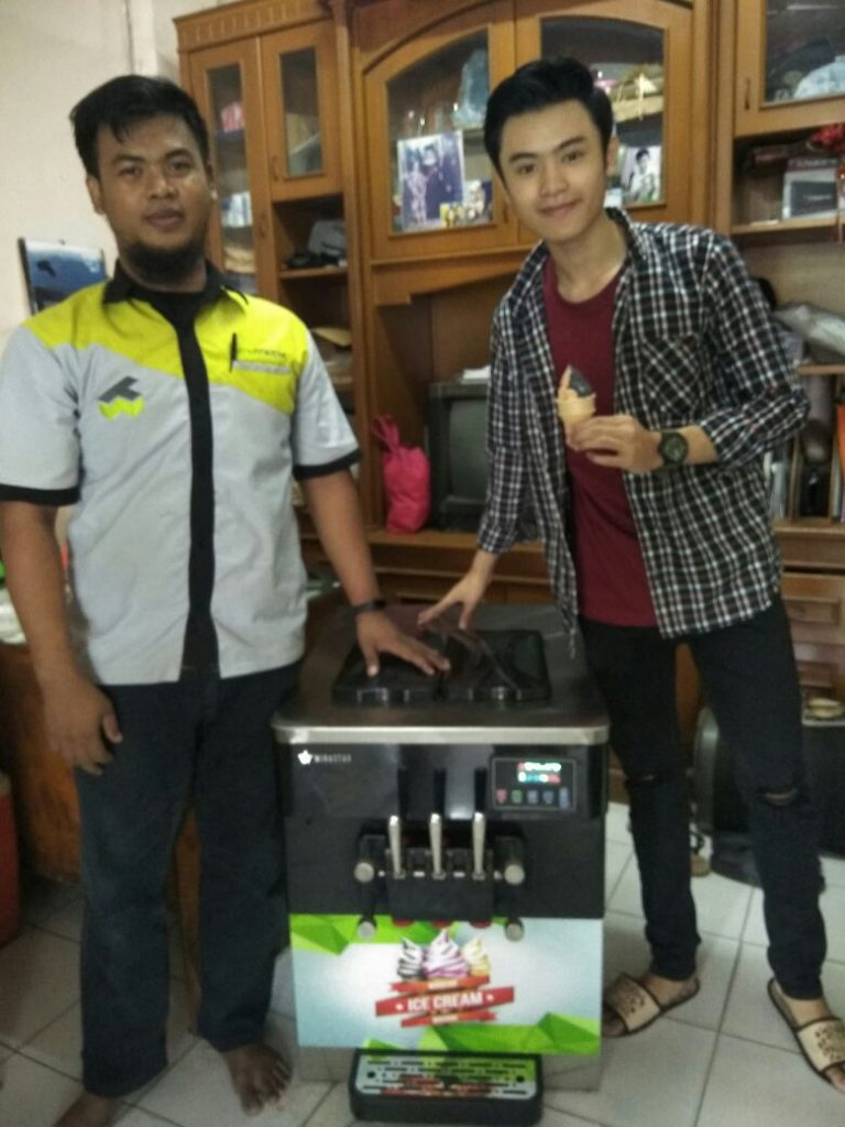 Bpk. Hensel, Mangga 2, Soft Ice Cream Machine