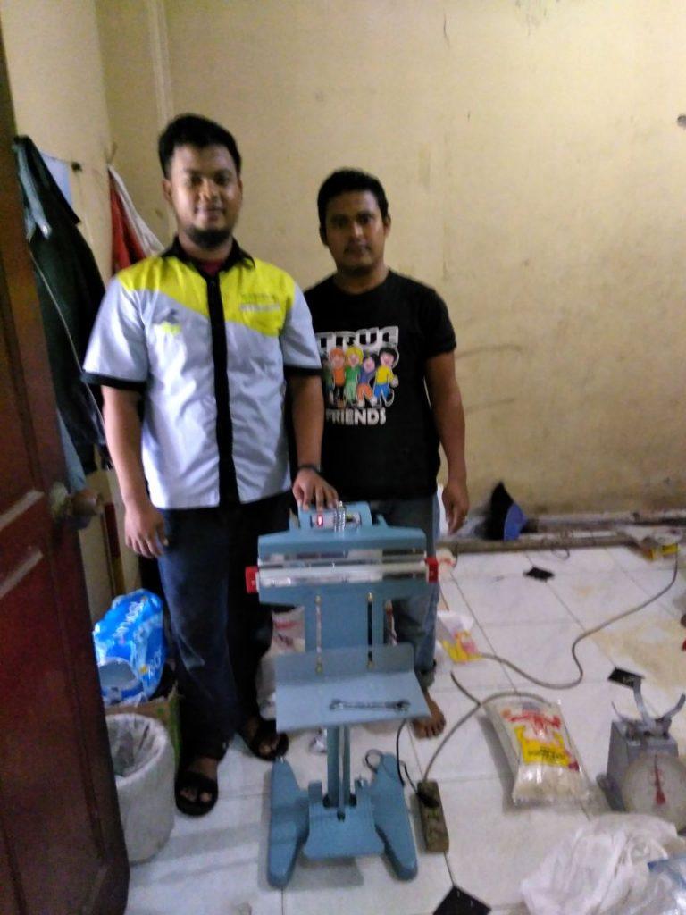 Bpk. Jumawal, Bintaro, Pedal Sealer