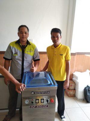 Ayam Geprek Bekasi - Mesin Vacuum DZ400 2E